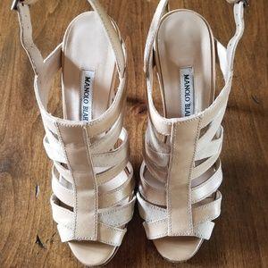 MANOLO BLAHNIK Suede Leather Tan Sandal